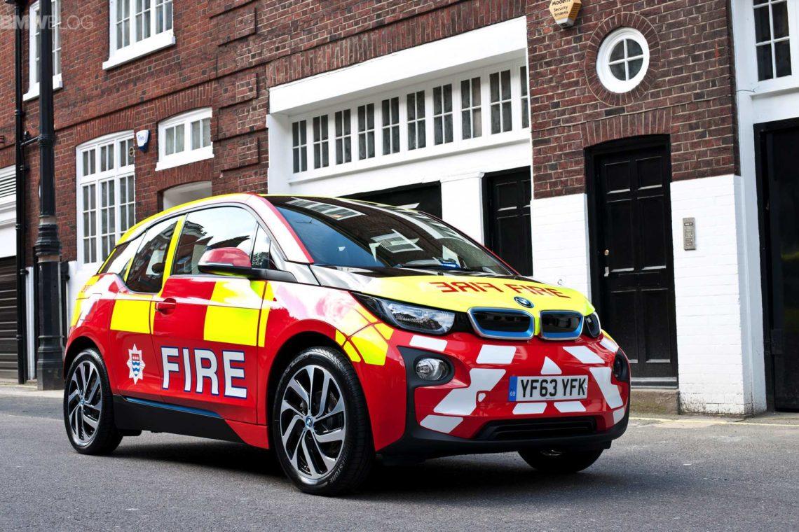 Лондонские пожарные пересели на электромобили