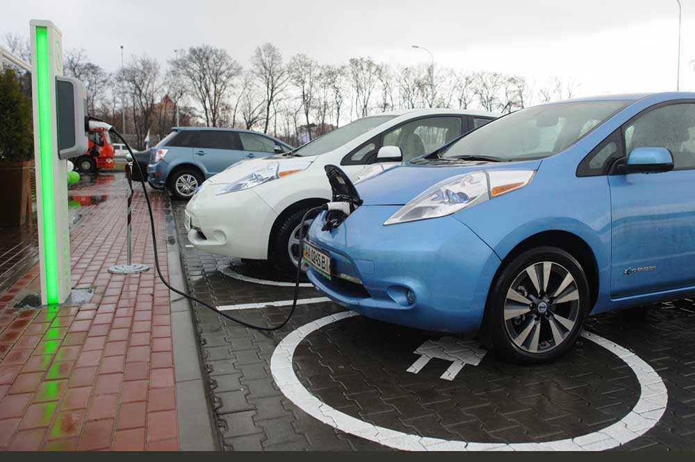 В Японии число электрических заправок превысило количество бензиновых станций