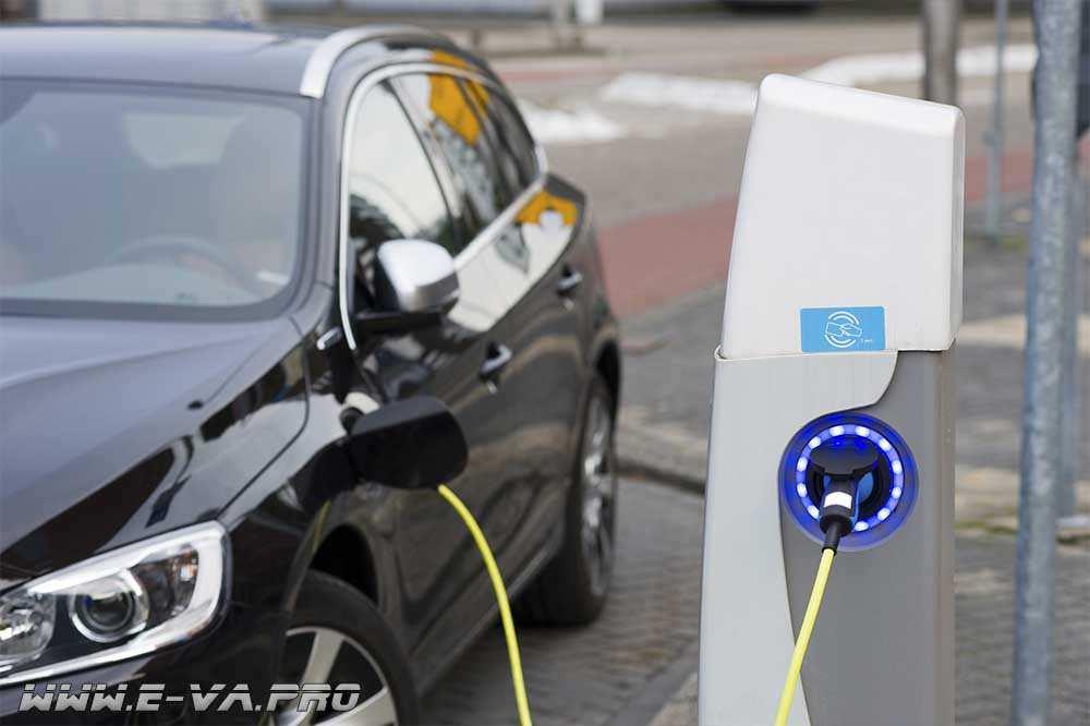 В столице установят сто новых станции заряда для экологичного транспорта