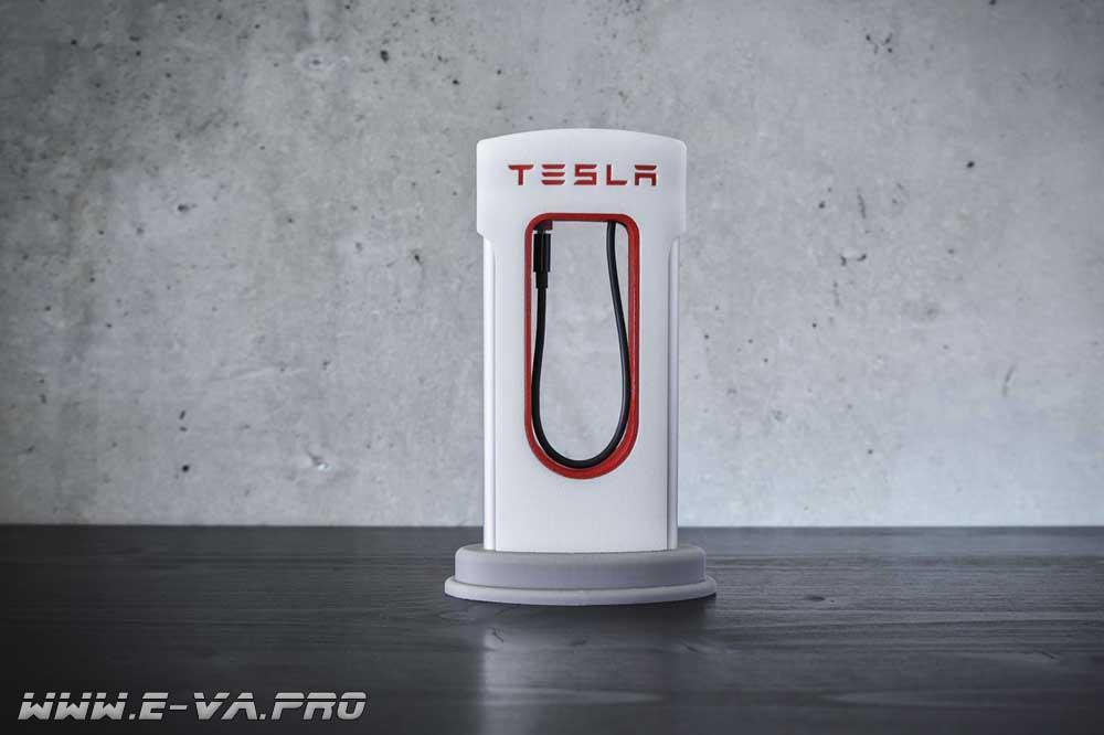 Новое зарядное устройство Tesla Supercharger