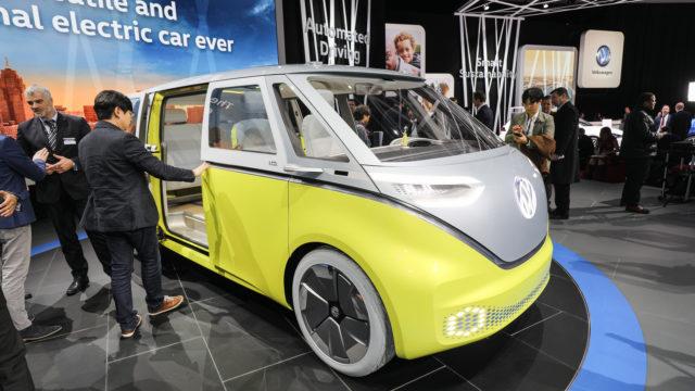 Kontcept minive`na I.D. Buzz ot Volkswagen