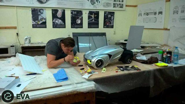 Глеб Данилов в процессе работы над новым концептом Lada L-Ego