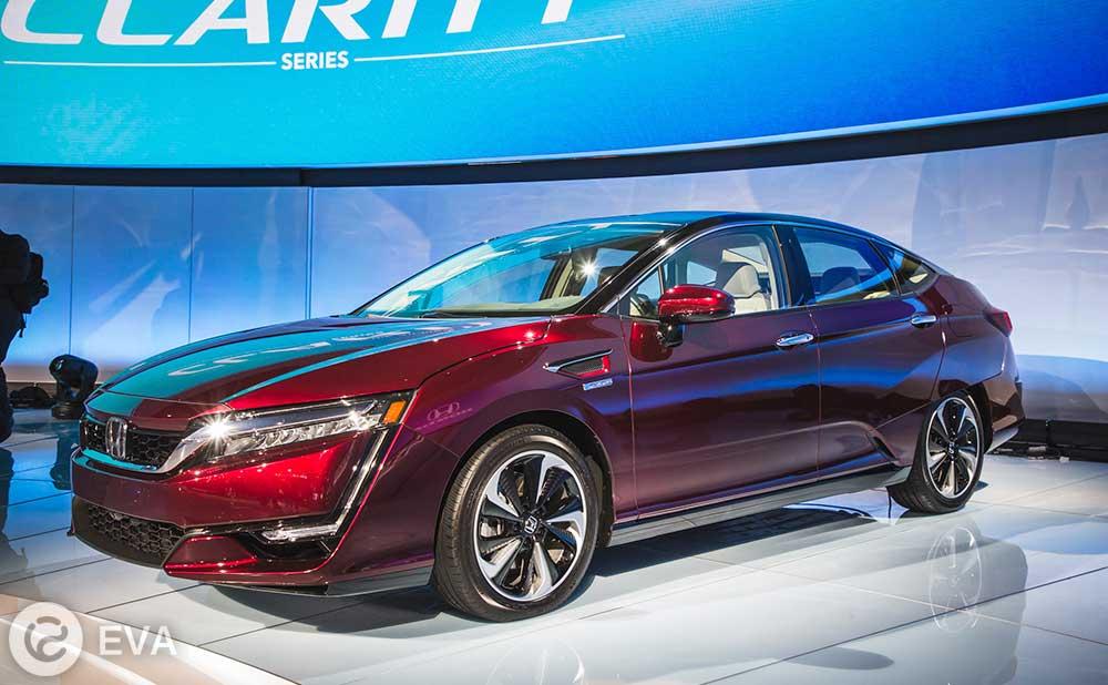 Clarity Electric: новый электромобиль от Honda