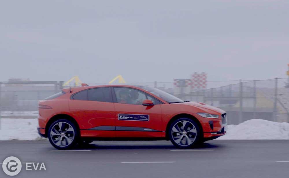 Электрический Jaguar прошел проверку 40-градусным морозом