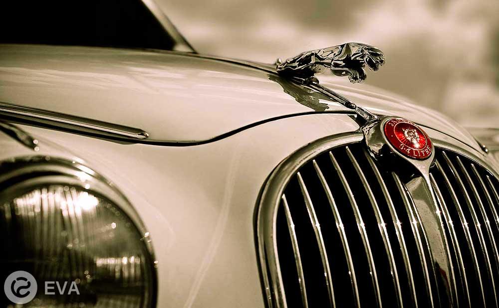 Jaguar выпускает в свет электрокар, который «быстрее Tesla»