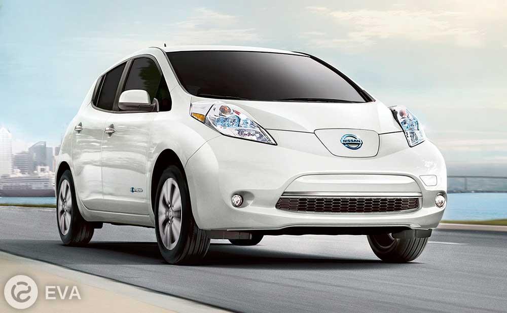 Третье место — Nissan LEAF