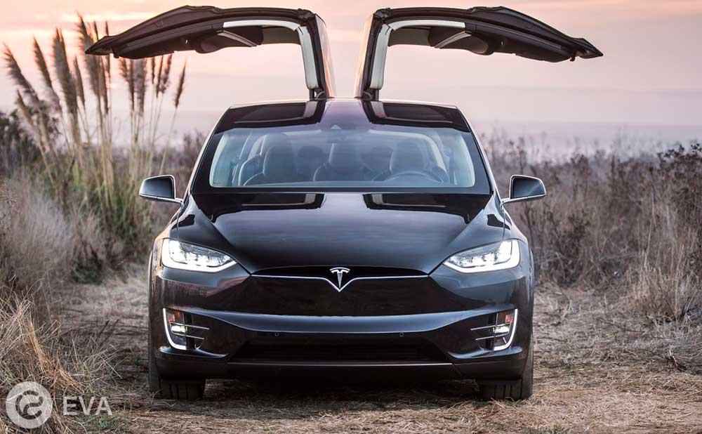 Четвертое место — Tesla Model X
