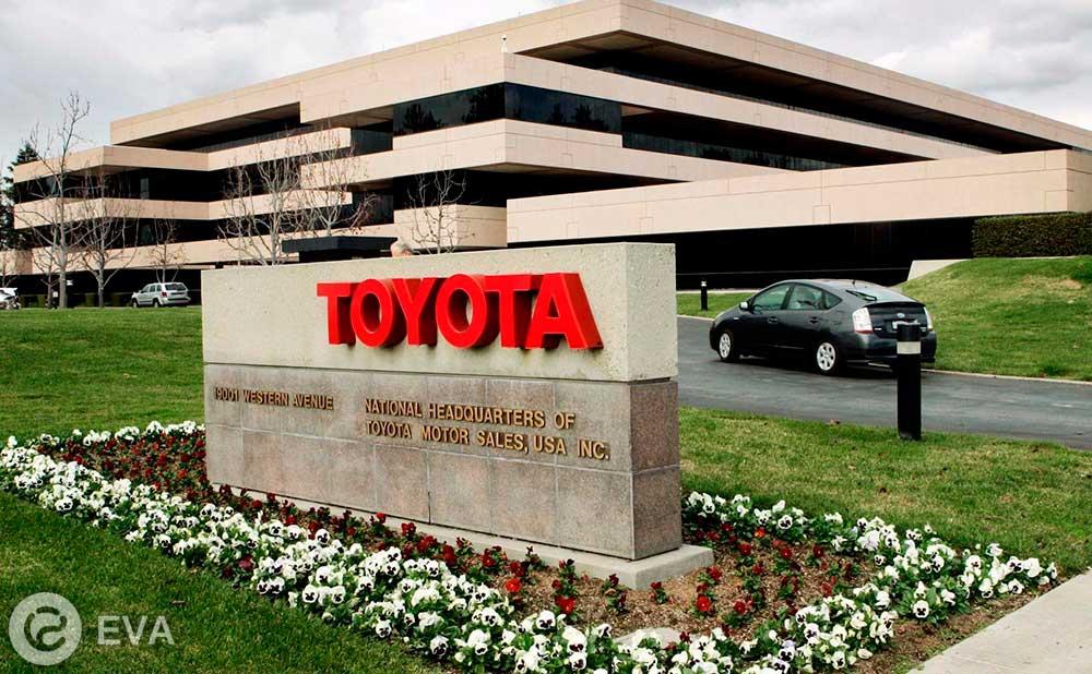 Toyota переходит на твердотельные батареи с 2022 года